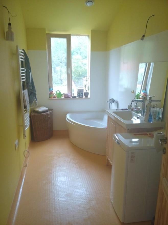 Koupelna po návštěvě Zelené úklidovky
