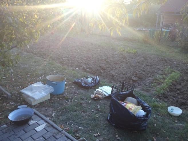 vychazi-slunce-zacatek-trideni-odpadu